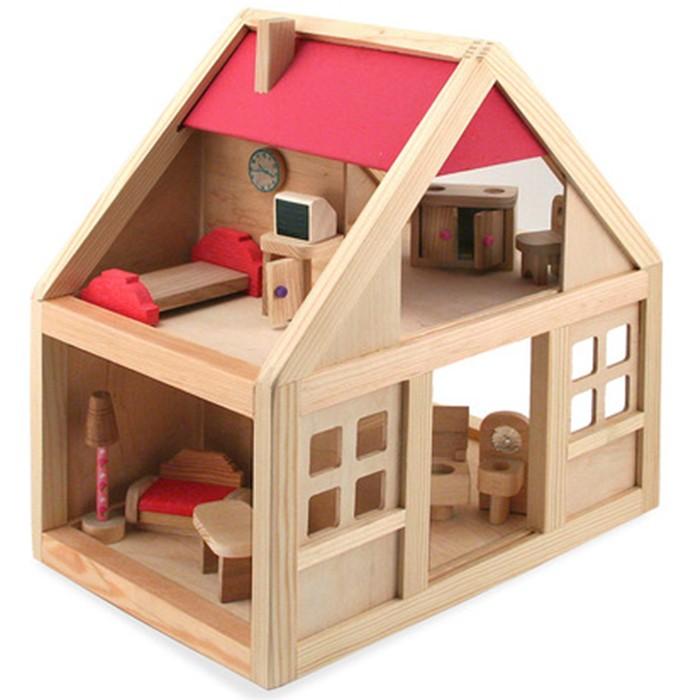 Кукольный дом деревянный